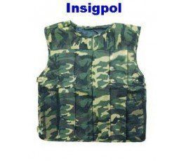 COMBAT TACTICAL VEST. One size XL. Lightweight and easy to put it on.