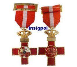 MILITARY MERIT RED RIBBON CROSS MEDAL