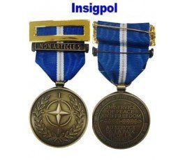 NON ARTICLE NATO MEDAL
