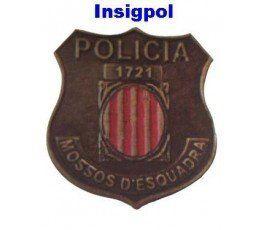 PIN-MOSSO-ESQUADRA
